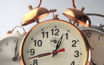 clock-550x400